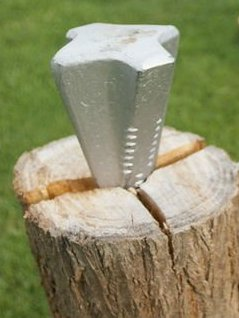wood-splitting-wedge