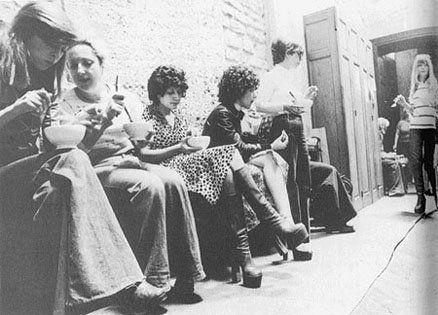 Women in St Nizier_Carole Rousopoullos, Centre Audiovisuel Simone de Beauvoir